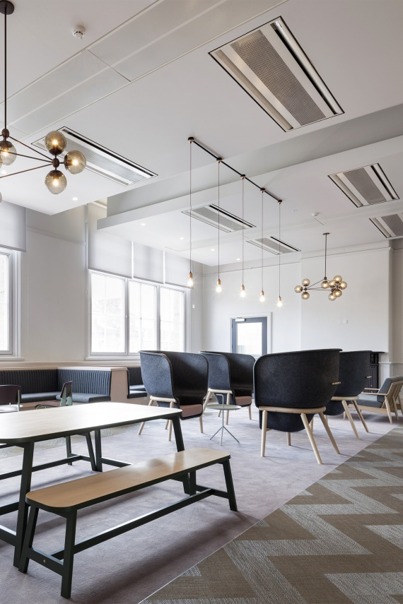East-Side-Bright-design-led-ClubRoom-coworking-space-interior-inspiration_MC_HR_3
