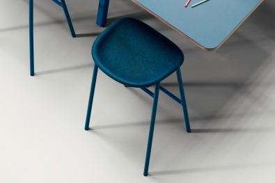 Select one of our 10 colour blends for the seat