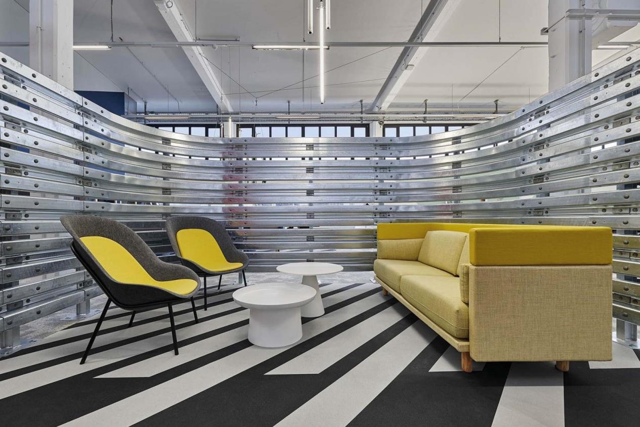 DeVorm-BoschAS-Studio-Alexander-Fehre-Arnhem-sofa-Nook-chairs_2