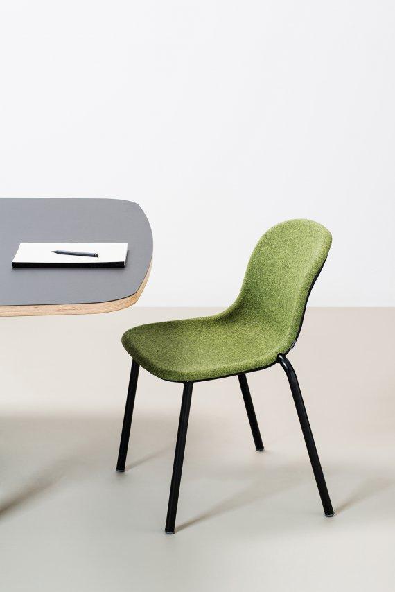 LJ2-PET-Felt--Chair-stoel-petstoel-Laurens-Van-Wieringen-De-Vorm