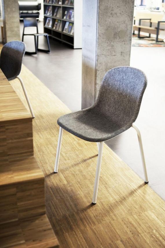 HMC-College-Rotterdam-2222-De-Vorm-Clip-Chair-by-MirjamSuiker