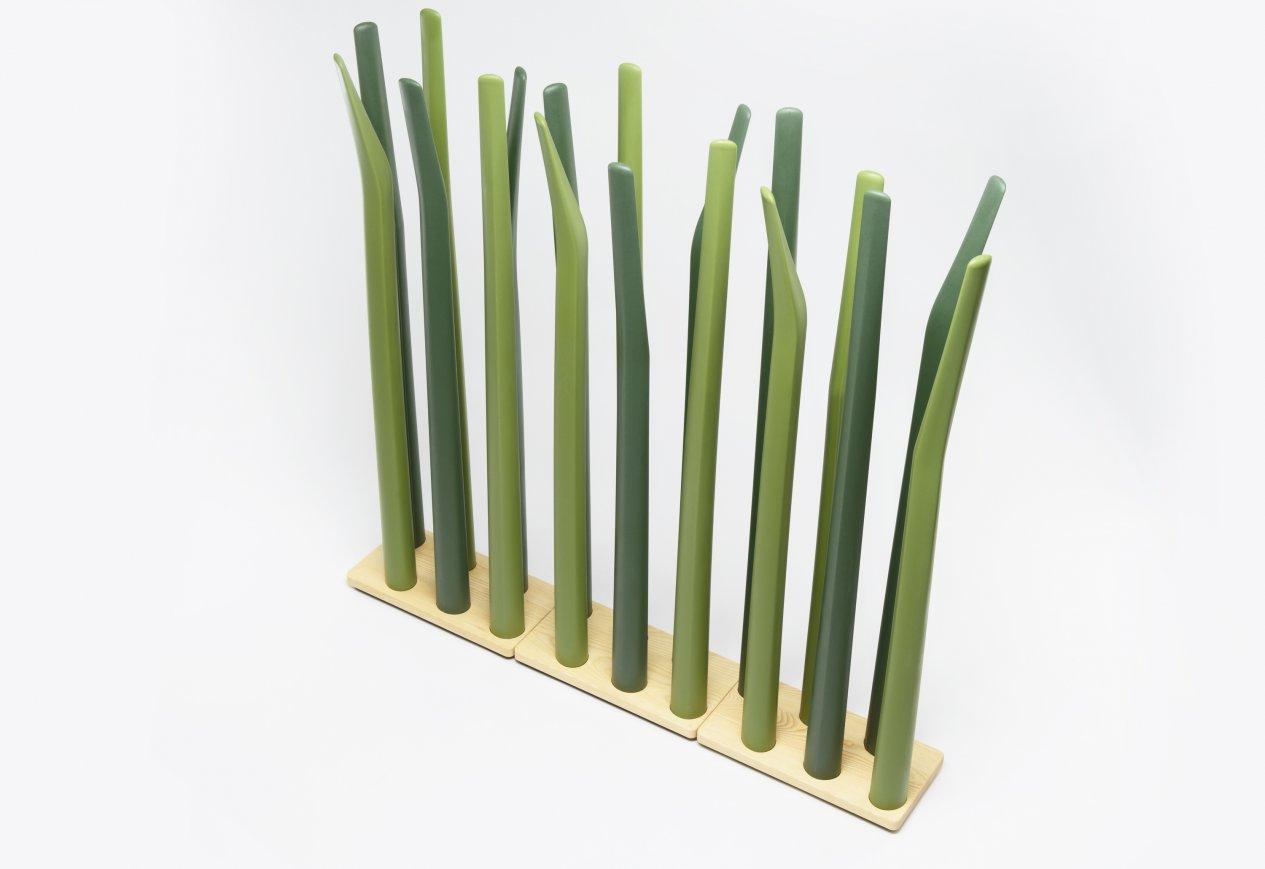 Spring_Grass_Room_Divider_Floris_Schoonderbeek_De_Vorm